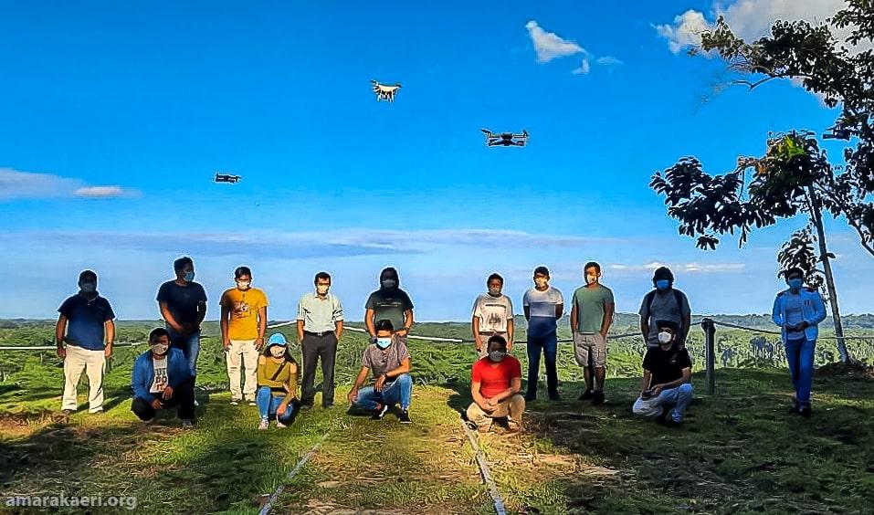 Vigilantes comunales de la Reserva Comunal Amarakaeri se acreditan como operadores de drones